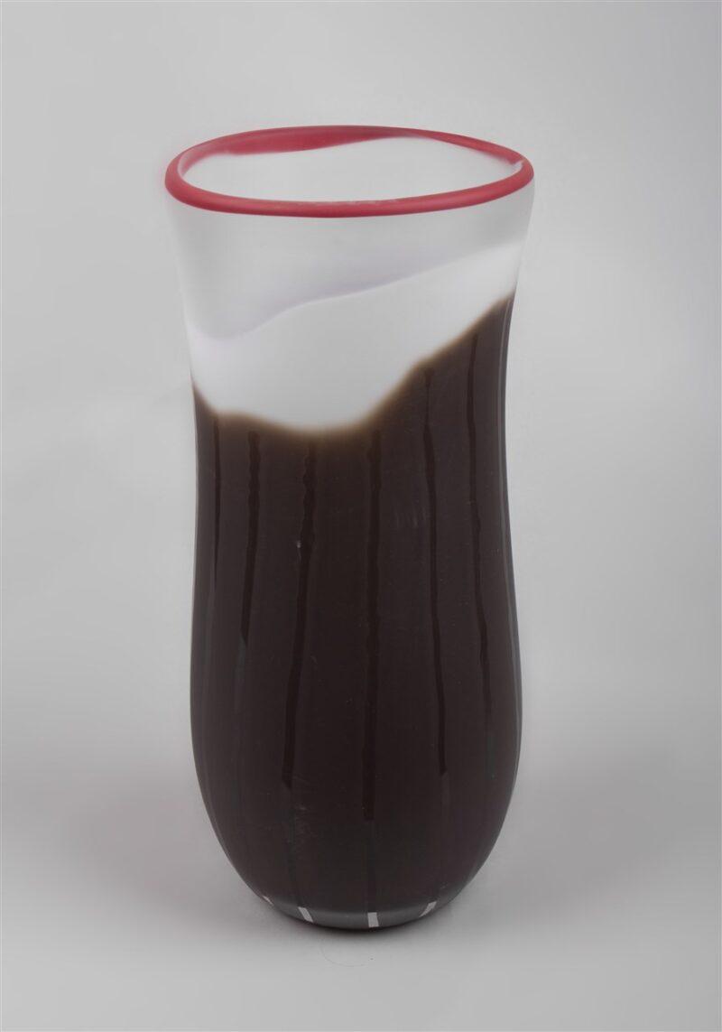 Glasgefäß (braun/weiß/kristall/rot)