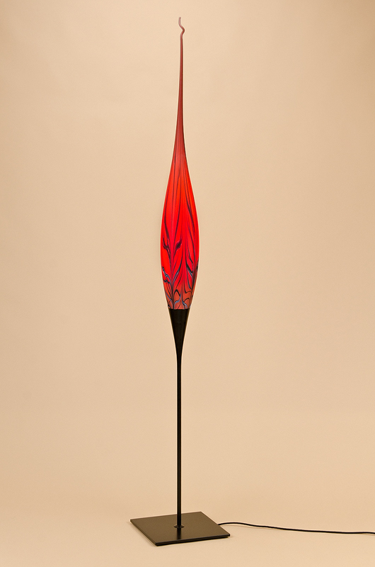Stehleuchte Dubai (rot/schwarz, wild gesponnen und gezogen)