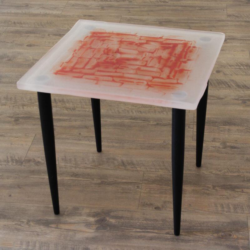 Tisch (kristall/rot)
